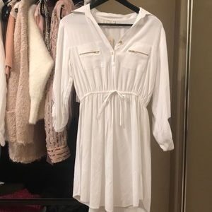 Dresses & Skirts - Beautiful white shirt dress NWT